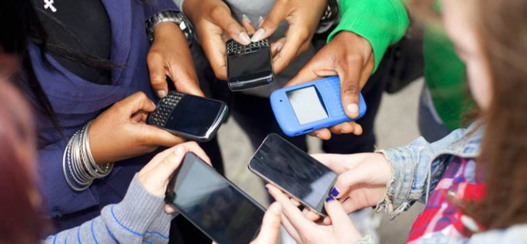 Is smartphone necessary for students